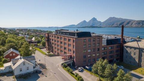SYKEHUS: Helgelandssykehuset avdeling Sandnessjøen, her sett fra lufta en sommerdag i 2020.