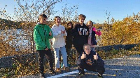 Elevene ved Gjerøy skole er glade for at skolen er berget for denne gang, men til neste år skal saken på nytt til politisk behandling.