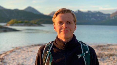 Isak Kristensen Brun (23) er en ivrig hobbyfotograf med over 7000 følgere på Instagram. – Per dags dato er det en hobby, men jeg vet ikke hva framtiden bringer, sier han.