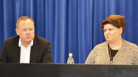 TIL HAMAR: Ordfører Anita Ihle Steen vil i en høring støtte at Hamar blir politihovedstaden i Innlandet. Til venstre: rådmann Jørn Strand.