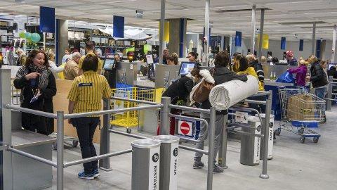 Handelslokomotiv: Det er liten tvil om at IKEA har bidratt kraftig til at handlespilene i Ringsaker stiger raskere enn andre steder. Foto: Arkiv