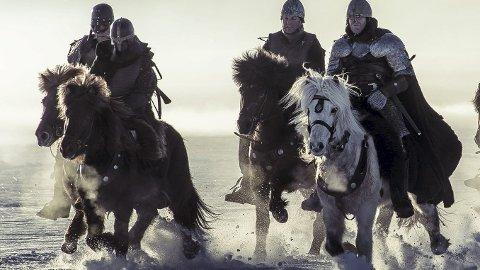 Etter en vellykket lansering med førpremiere i en kino av snø på Sjusjøen, rundet filmen 70 000 kinobesøk åpningshelgen, og inntok andreplassen på kinotoppen, bak actionfilmen Deadpool.