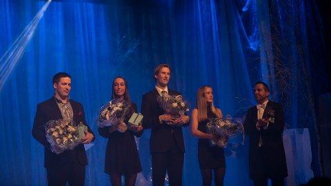 Her ser vi internasjonale medaljører på RingsakerGallaen 2017. Fra venstre: Erik Fredriksen, Lene Retzius, Mauritz Kåshagen og  Emilie Fossumstuen Grøterud. Til høyre kultursjef Asle Berteig.