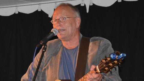 Ærespris: Lars Martin Myhre ble hedret med Alf Prøysens ærespris under en konsert i Kulturkirken Jakob.
