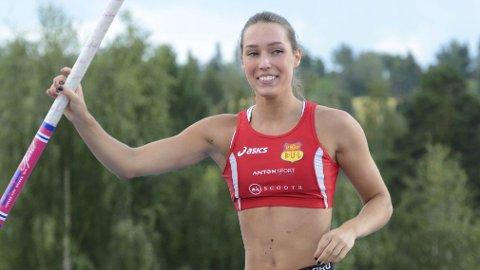 Gleder ser: Norges beste kvinnelige stavhopper Lene Retzius gleder seg veldig til friidretts-NM på Hamar i 2019.