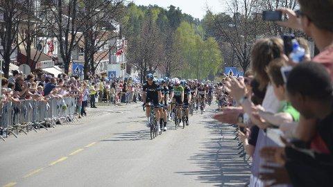 Sykkelfest: Tour of Norway dundrer inn i Ringsaker i helga. Det fører også til stengning av ulike veger.  Foto: Arkiv.
