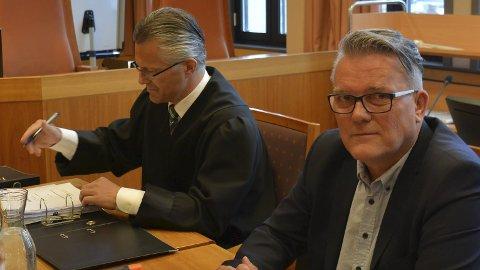 For dyrt: Retten fant at salærkravet fra Johan Aas sin advokat, Trond Hatland (t.v.), alt for høyt, og reduserte det med 300.000 kroner. Arkivfoto
