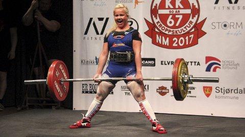Gullvinner: Hilde Mikkelsen Haugen ble lørdag norgesmester i styrkeløft.Foto: Jørgen Haug