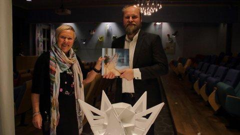 Senterleder Torill Ensby og Eimund Sand har samarbeidet i 15 år. Samarbeidet resulterte i boka Montebellostjernen.