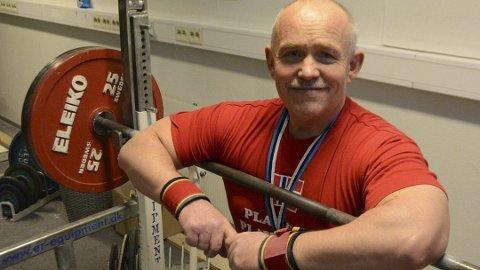 Vidar Ringvold tok EM-gull og satte verdensrekord i tsjekkiske Pilsen onsdag.