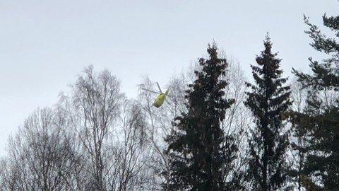 TIL ULLEVÅL: Den skadde mannen ble forrige mandag fløyet til Ullevål sykehus etter arbeidsulykken på Biri.