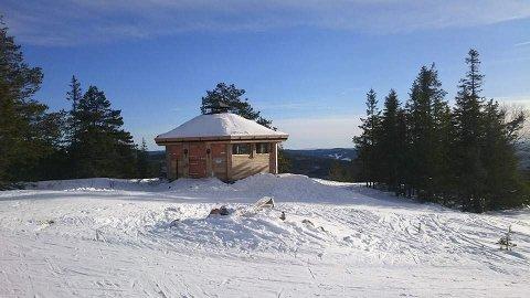 Turmål: Grillhytta på Ringkolltoppen kan være et fint turmål.foto: skiforeningen