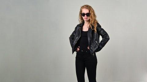 SPION: Enkelt og greit kostyme. Prisen velger du selv.