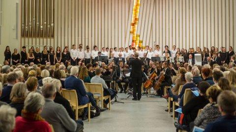 Vellykket: Det ble en svært vellykket konsert i Hønefoss kirke i fjor.