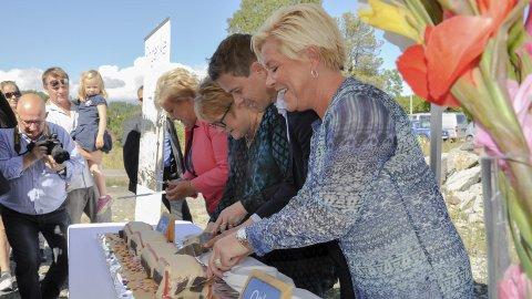 Kake for bane: Planene er revidert, sier Jens E. Fjeld. Foto: Beate Kold Hansen