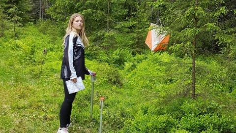 MÅL: Her er det Linnea Nyhagen, som stempler inn i mål.