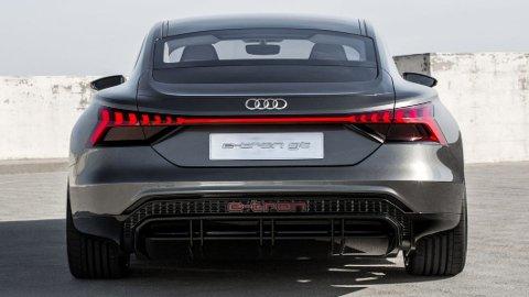 KOMMER: Mot slutten av året starter produksjonen av Audis neste elbil: e-tron GT. Dette er konseptversjonen.