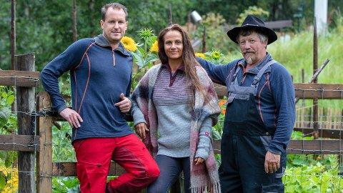 NYE TV-FJES: Asle Kirkevoll, Marianne Lambersøy og Per Gunvald Haugen kommer inn på «Farmen».