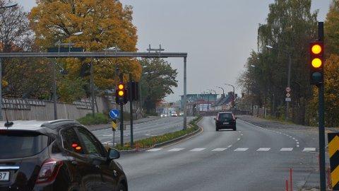 DYRERE: Nå er det blitt dyrere å kjøre på rødt lys.