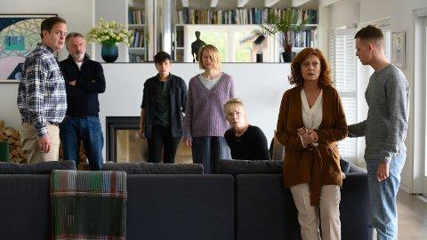 BLACKBIRD: En stjernespekket gjenskapelse av den danske filmen «Stille hjerte» av Bille August. Filmen handler om en mor (Susan Sarandon) som rammes av sykdom (ALS) og om hvordan det påvirker familiebåndene.