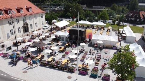 MULIG UTVIDELSE: Rjukan Matfestival har vært en suksess første året, og nå ønsker de å utvide den til å vare i én uke, dersom de får lov av kommunen.