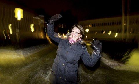 Kan bli historisk: Wenche Hoel Ulvin blir historisk hvis hun blir Eidsvolls første kvinnelige ordfører. Det blir også historisk ved at Høyre før første gang får makt i kommunen. FOTO: Lisbeth Andresen
