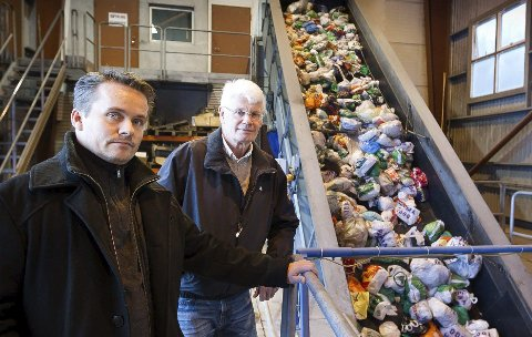 NYE OPPGAVER: Ståle L. Hansen og Jan Haugerud i representantskapet i Øras, mener de vet hvordan renovasjonstjenesten kan gjøres bedre for innbyggerne. Foto: Kay Stenshjemmet