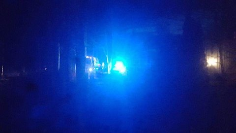 STANSET: Her har politiet stanset den stjålne bilen på Eidsvoll Verk.