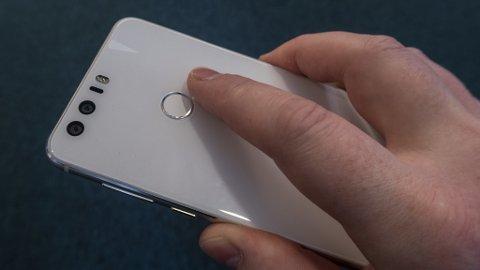 Den nye Huawei Honor 8 er en telefon i det midtre prissjiktet som fremstår som en toppmodell. Det gjør den utrolig attraktiv.
