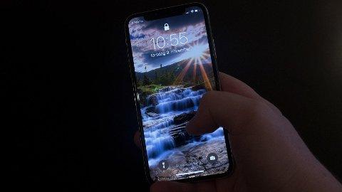 iPhone X ble utgitt 3. november. Allerede har noen brukere opplevd problemer.