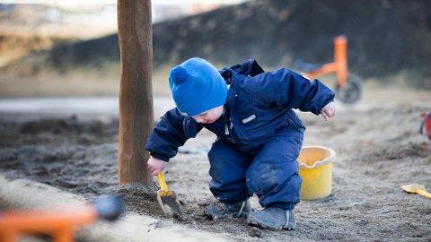 At private driver mange barnehager fører ifølge ny rapport til at kommunene sparer rundt 2,3 milliarder kroner i året.