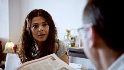 """Nasrin Khusrawi spiller rollen som opprørsle Fariba i """"Norsk-ish"""" på NRK"""