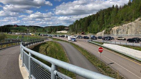 Trafikkulykke skaper kø rundt Fetsundbrua.