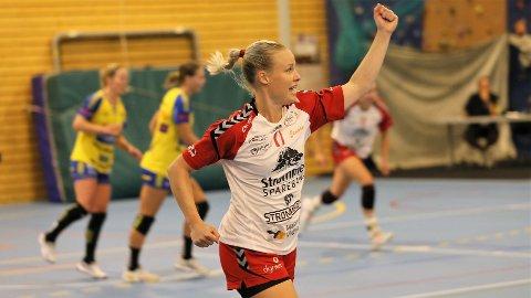 RÆLINGEN-JENTE: Bortsett fra én sesong i Oppsal, har Karoline Strømberg vært i Rælingen hele karrieren. Hun har over 200 kamper for klubben, og gleder seg til å kjempe i Eliteserien igjen.