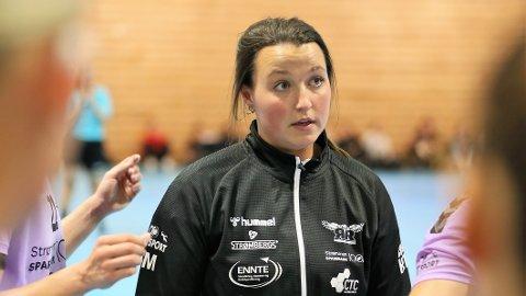 MÅL OM 8. PLASS: Mens de fleste ekspertene har tippet Romerike Ravens i bunnen av årets Rema 1000-liga, har Ane Mällberg og spillerne et mål om en 8.plass.