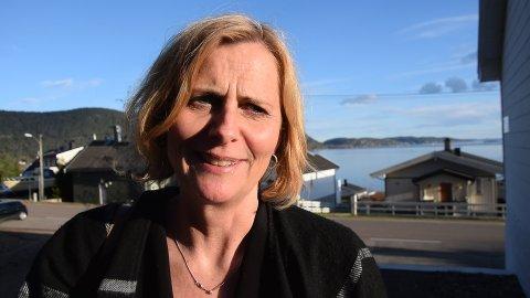 IMPONERT: Ordfører Bratlie legger ikke skjul på at hun er imponert over det glødende engasjementet til Verket og Bogen Vel