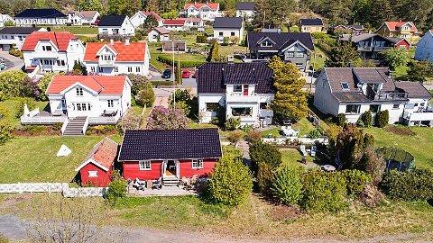 OVER TAKST: Huset i Fjordveien på Verket ble solgt for en million kroner over tekst på rekordfart.