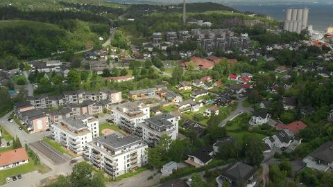 ET STYKKE IGJEN: Det er fortsatt mange innbyggere i nye Asker som mener det var galt å slå sammen Røyken, Hurum og Asker til én stor kommune.