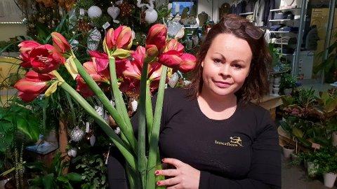 SATSER: Tiril Tømmervåg Kjemprud (27) er klar for å realisere drømmen om å starte blomsterbutikk i Sande. (Arkivfoto)