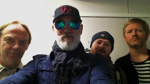 """GAMMELT PÅ NYTT: 20 år etter utgivelsen, har Petter Wettre (nr. 2 f.v.) samlet Terje Gewelt, Håvard Wiik og Per Oddvar Johansen fra originalbesetningen som spilte inn """"Pig Virus"""". FOTO: PRIVAT"""