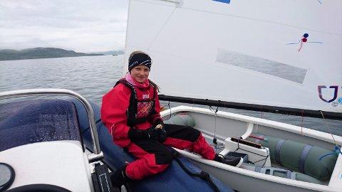Drar til Italia: Nora Doksrød (12) vant i helgen to av tre seilaser i Stavanger og ble med det kvalifisert til EM i Italia i juli.