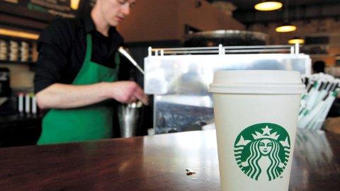 KAFFEGIGANT: Starbucks finnes i land over hele verden. Nå kommer de til Sandefjord.