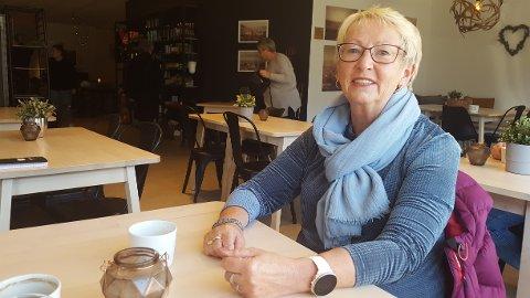 UTSTILLING: Grethe Furberg er leder i Sandefjord maleklubb. Denne helgen har de utstilling på Kurbadet.