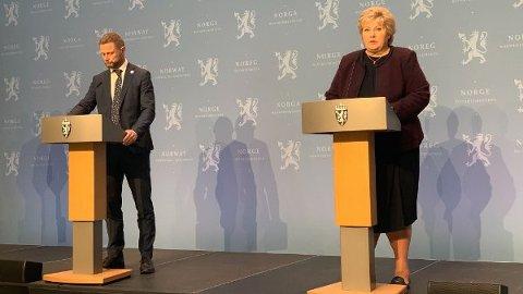 ADVARER: Det kan komme strengere tiltak, advarer statsminister Erna Solberg. Foto: Heidi Schei Lilleås (Nettavisen)