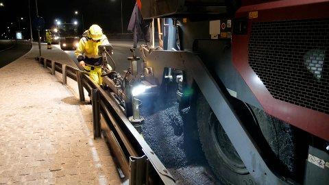 ASFALTERING: Budsjettet for asfaltering for fylkesveiene i Vestfold og Telemark er på nær 89 millioner kroner i 2021.