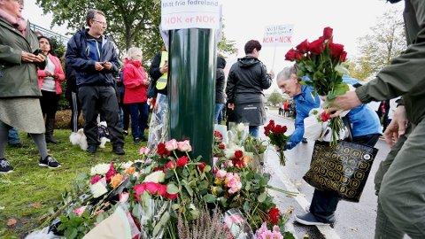 SVÆRT KRISTISK: MDG kaller den reforhandlede avtalen for bedrageri. Her protesterer folk ved «Skammens bom» i Stavanger.