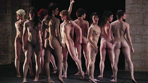 UTAN KLEDE: I april blir det ei heilt naken danseforestilling med franske Ballet du Nord i Sandnes kunst- og kulturhus.