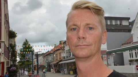 NY RAPPORT: Hans Fredrik Hansen, leiar i Utdanningsforbundet Sandnes, er uroleg for sandnesskulen, men håper politikarane vil løyva fleire ressursar.