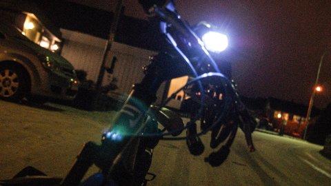 MANGLER LYS: 24 av 47 kontrollerte elever ved Øygard ungdomsskole manglet lys på sykkelen.