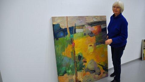 SUNDAG: Sandneskunstnar Ruth Bersås opnar utstilling i Sandnes kunstforening.